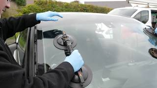 Professional Auto Glass Replacement Company Sun City